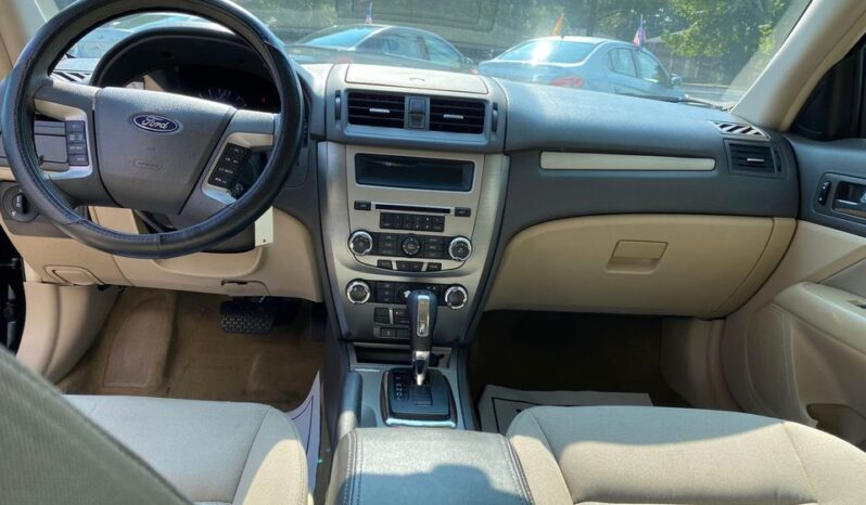2010 Ford Fusion full